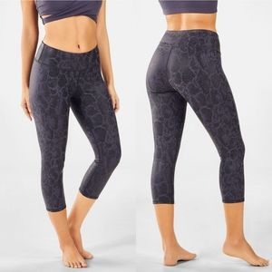 Fabletics Mid-Rise Snake Printed PowerHold® Crop